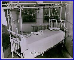 LG859 1947 Original Photo VINTAGE MEDICAL EQUIPMENT Machanisms Suspensions Casts