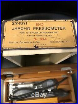 Vintage Medical Equipment B-D JARCHO PRESSOMETER ORIGINAL Wood Case And Box