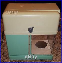 Vintage Mettler Instrument Corp. Laboratory Balance Scale Type H15