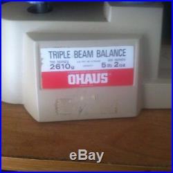 Vintage Ohaus Triple Beam Balance Scale 700/800 Series 2610 Gram 5lb 2oz 2610g