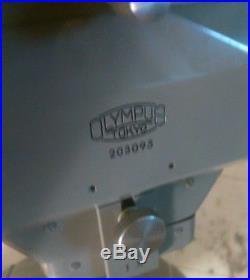 Vintage Olympus Tokyo Stereo Microscope. 203095 / LR 19751 / G 414