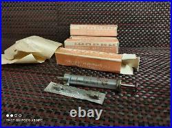 Vintage glass syringe 2 ml Soviet Vintage medical Equipment Reusable syringe Ne