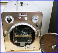 Vtg Amsco Dynaclave 576A Autoclave American Sterilizer Made In U. S. A. Working